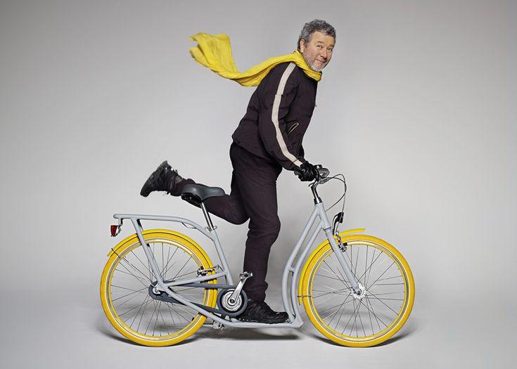 Bicicleta e patinete reunidos em um único meio de transporte