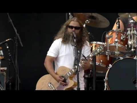 """▶ Jamey Johnson - """"Give It Away"""" (Live at Farm Aid 2012) - Jamey is bringing 'Country' back to the country music genre, yeah!!"""