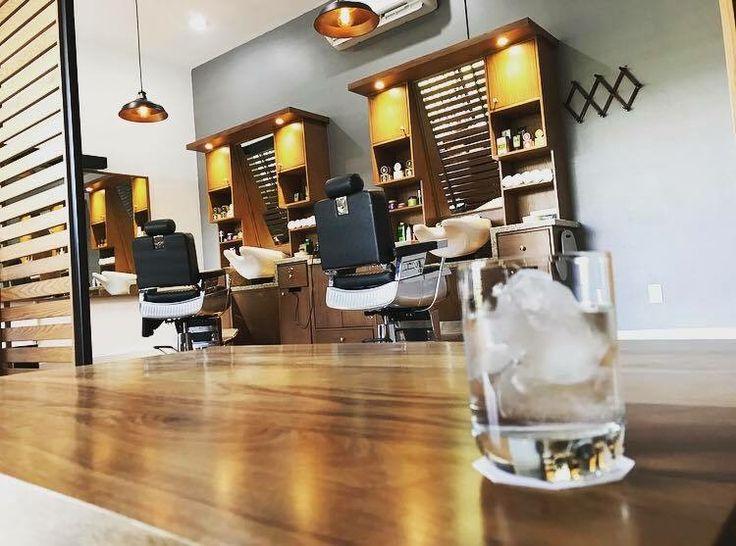 THE SHAVING CLUB  / Diseño Interior y Producción de Barber Shop
