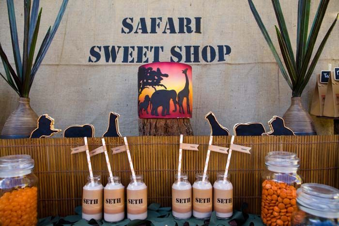 IMG_4133: Safari Sweet, Safari Parties, Africans Safari Jungles, Desserts Features, Ark Theme, Parties Ideas, Theme Ideas, Parties Theme, Sweet Shops