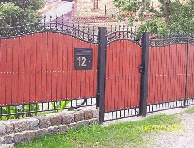 Galerie- Zäune, Metallzäune, Geländer, Tore aus Polen