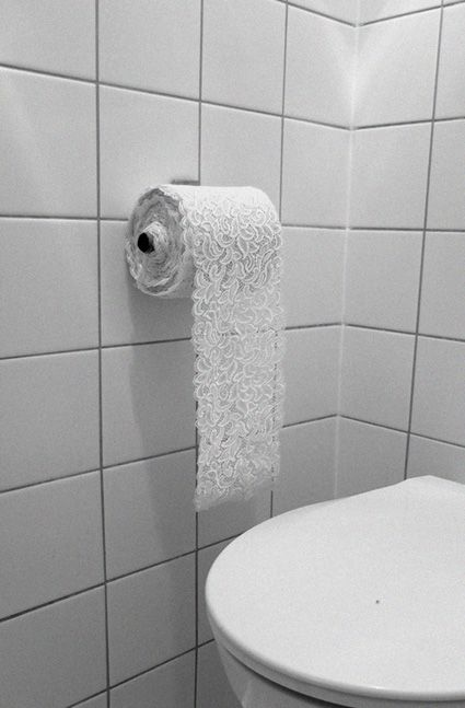 zeitaku...: Toilettes Delux, Classy, In Style, Life, Funny Jokes, Toilets Paper Art, Lace Toilets, Bathroom, Design Quotes