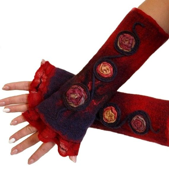 Felted cuffs red ribbon embroidery Sari hand-felted by ArtMode