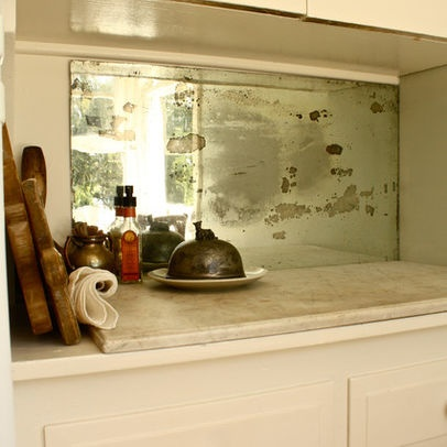 old mirror | splashback | recycled. this works amazingly well <3