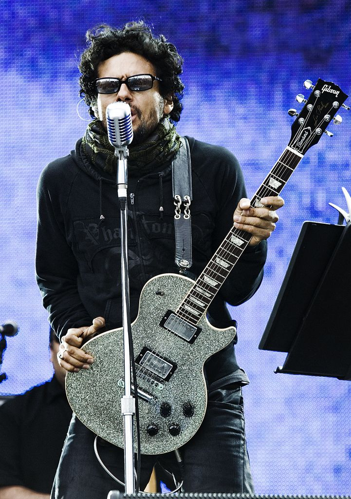 Robi Draco Rosa one of my favorite musicians in the world.