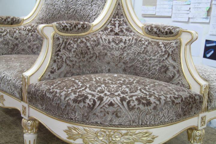7 migliori immagini produrre divani classici su disegno - Divano tessuto damascato ...