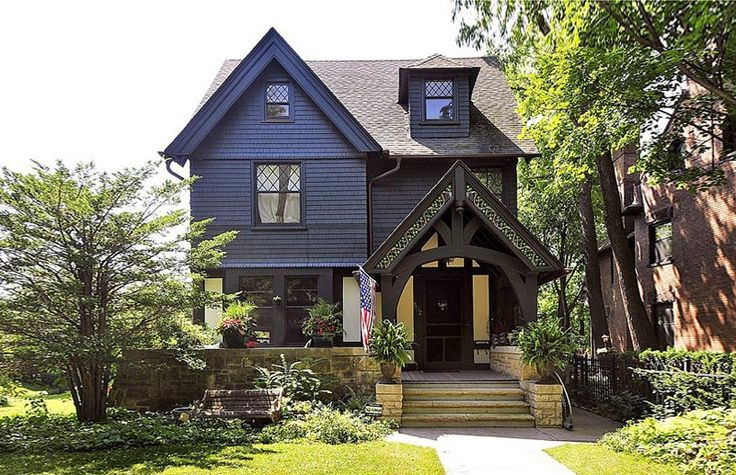 12 best gothic wonders images on pinterest victorian for Large victorian homes for sale