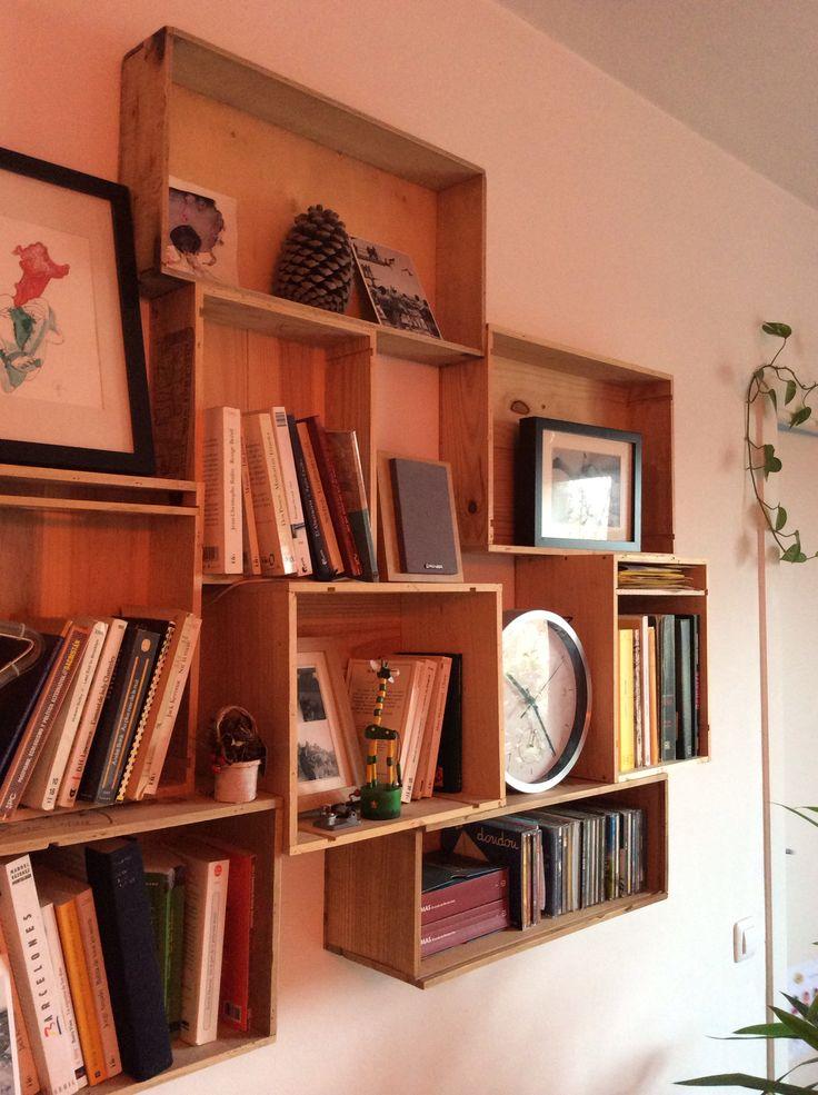 Mueble hecho con cajas de vino