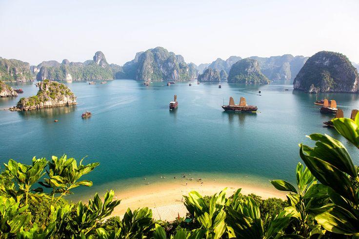 The Legend of Mother Dragon (Halong Bay Vietnam 2009) by Alex Stoen