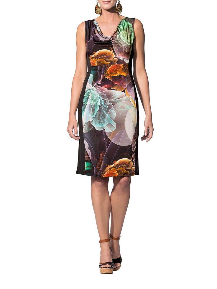 """Великолепное платье с вырезом горловины """"водопад"""", без рукавов. Задняя часть однотонного черного цвета. Спереди изделие декорировано абстрактным рисунком. Прекрасный вариант для женского гардероба. Рекомендуется машинная стирка. #платье #платья #модныеплатья #лето #офисные #летние #вечерние #накаждыйдень #нарядные #выпускные"""