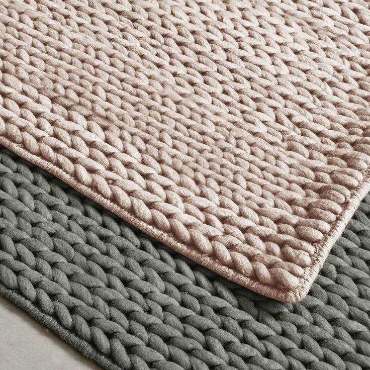 Verliefd op deze mooie vloerkleden in poederroze en grijs.
