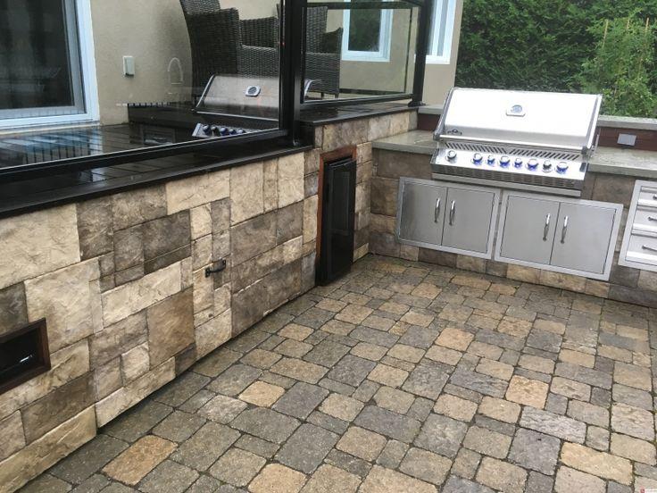 Réalisations de projets résidentiels et commerciaux à l'aide des produits Renostone - Renostone | Manufacturier et distributeur de briques, pierres et d'accents décoratifs à Hull - 8009-BBQ-2