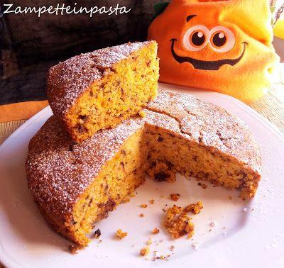 Torta con zucca e gocce di cioccolato (Ricetta per Halloween) - Cake with pumpkin and chocolate (Recipe for Halloween)  Cake with pumpking e chocolate http://zampetteinpasta.blogspot.it/2017/10/torta-con-zucca-e-gocce-di-cioccolato.html