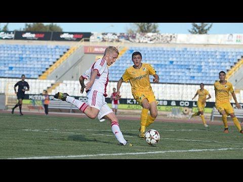 Na de spectaculaire wedstrijd tegen PSG nam de A1 van Ajax het dinsdag in de Youth League op tegen Apoel Nicosia. Net als Ajax 1 moest de ploeg ondanks veel kansen genoegen nemen met een gelijkspel.