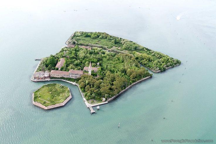 Заброшенный остров Повелья, Италия