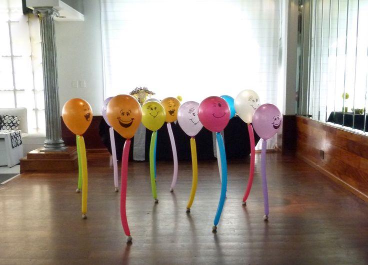 17 best images about decoracion con globos on pinterest for Decoracion de aulas infantiles