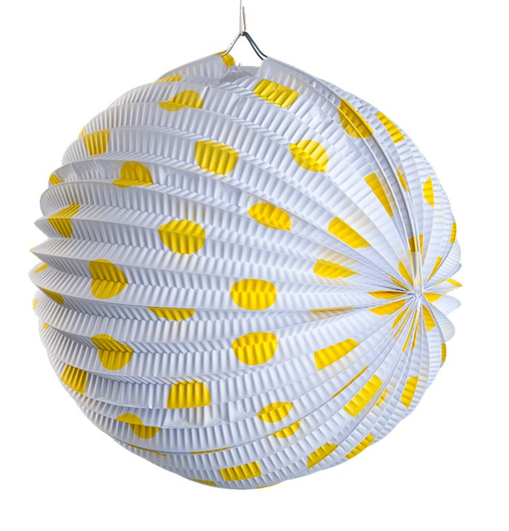 Decorate in style with pom poms and lanterns