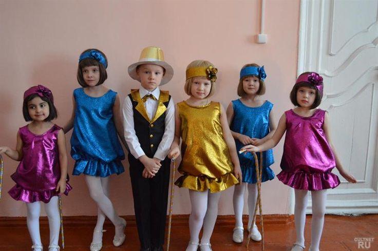 Платье костюм стиль ретро для детей