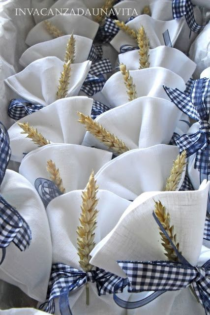 Pretty DIY Communion favor holders