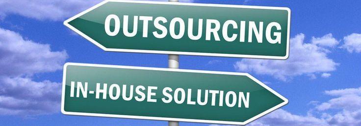 Esternalizzare la gestione dei tuoi social media può essere remunerativo in termini di risparmio di energie e risorse per la tua attività aziendale.