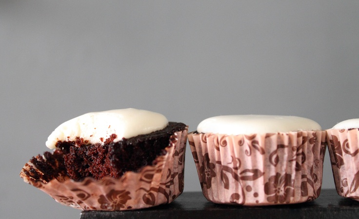 better than s*x cupcakes with marshmallow frosting