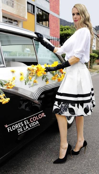 Falda blanca para verte vanguardista y sofisticada
