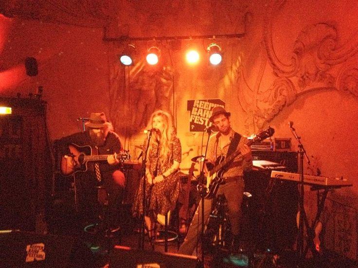 Live in der Prinzenbar: #Rhonda mit der grossartigen Soul-Stimme von Milo #rbf14 #ReeperbahnFestival