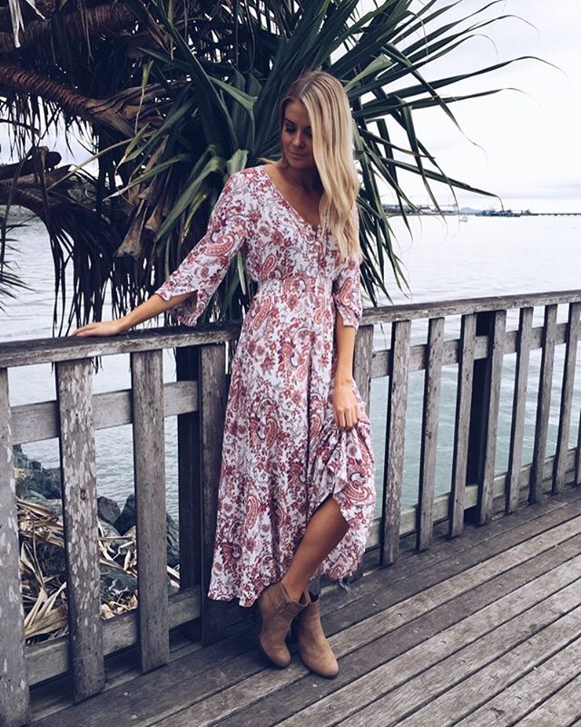 LORI MAXI DRESS >> www.divineavenue.com.au