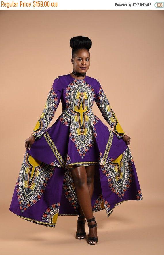 Afrikaanse print lange mouwen jurk Glamoureuze hoog/laag-ontwerp Zorgvuldig Made tot in de perfectie Onoverwinnelijk terug rits Schoudervullingen Zakken aan de zijkant  Beperkte beschikbaarheid.  GRATIS VS en CANADA SHIPPING.   Afrikaanse print 100% katoen  Door Rahyma