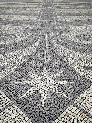 Calçada Portuguesa.