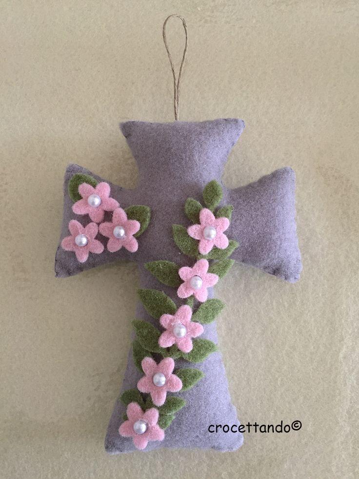 Croce di Pasqua fiorita by giuseppina ceraso crocettando https://crocettando.wordpress.com/2017/03/24/croce-fiorita-di-pasqua-modello/