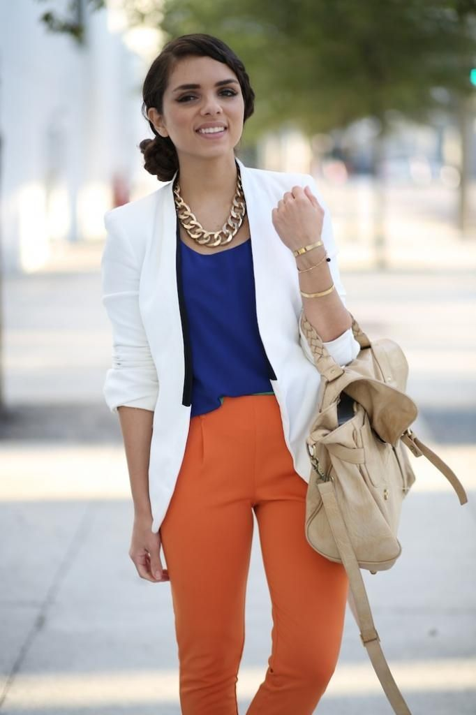 How To Wear Orange Trousers & Pants For Women (29)