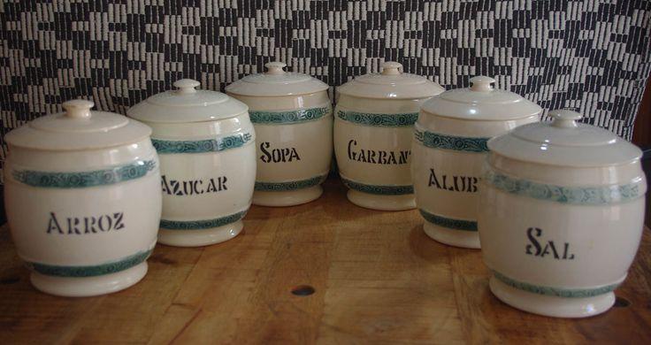 Lote de 6 botes de cocina en cerámica vidriada, primera mitad del S.XX / Kitchen pots of glass ceramics first half S.XX. de lahaciendavintage en Etsy
