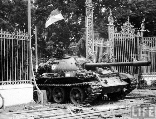 40 years ago today. A North Vietnamese tank crashes through the gates of South Vietnam's presidential palace. Saigon, Vietnam via reddit
