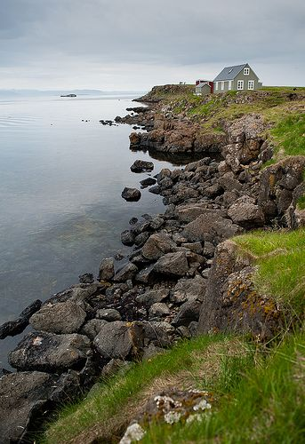 The sea is close to our hearts being on an island. There is always things to see, do and join. Think of waking up to a peaceful view, taking a swim and even go looking for whales, dolphins, seabirds and seals. Sounds like a good weekend to us! Like in this cottage by the sea at Flatey, Breiðafjörður.