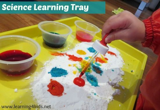 Science Learning Tray Exploring Bir Carbonate Soda and Vinegar with colour