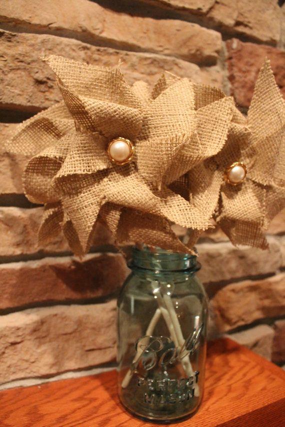 508 best burlap ideas images on pinterest home ideas for Burlap fabric projects