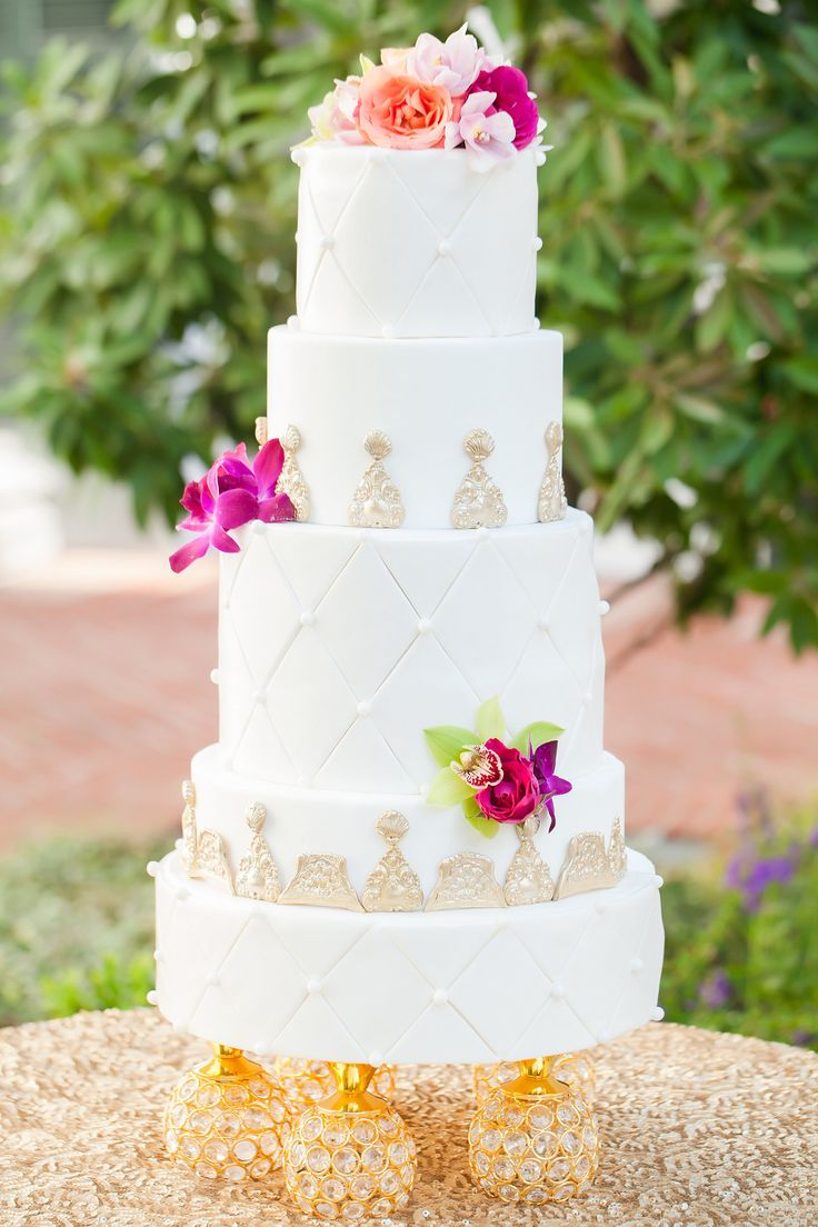 17 Best Ideas About Fondant Wedding Cakes On Pinterest