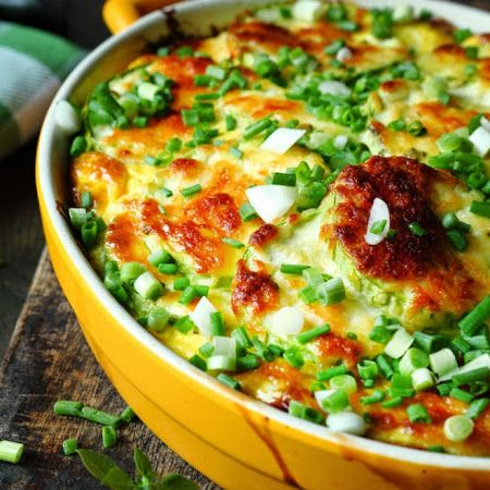 Keep it #healthy with with #Mexican casserole that is low in Weight Watcher's points!