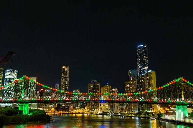 Story Bridge lights up for #bnexmas. #StoryBridgeLights