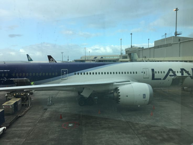 LAN Chile - Auckland Airport