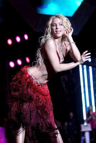 33 best images about Shakira on Pinterest | Female rock stars Belly dancing classes and The sale