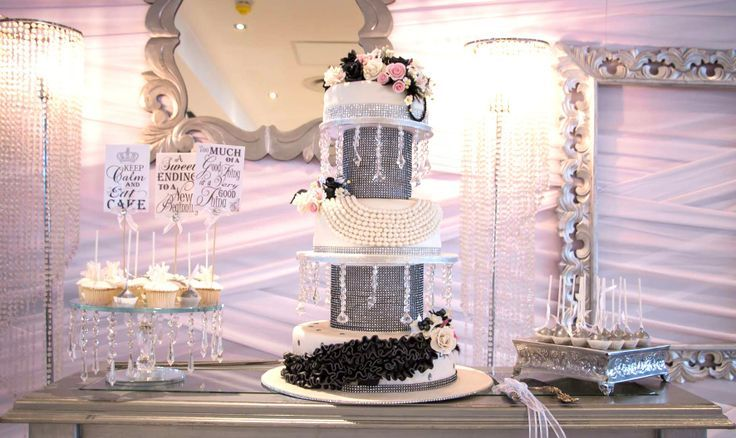 Black and white wedding crystal