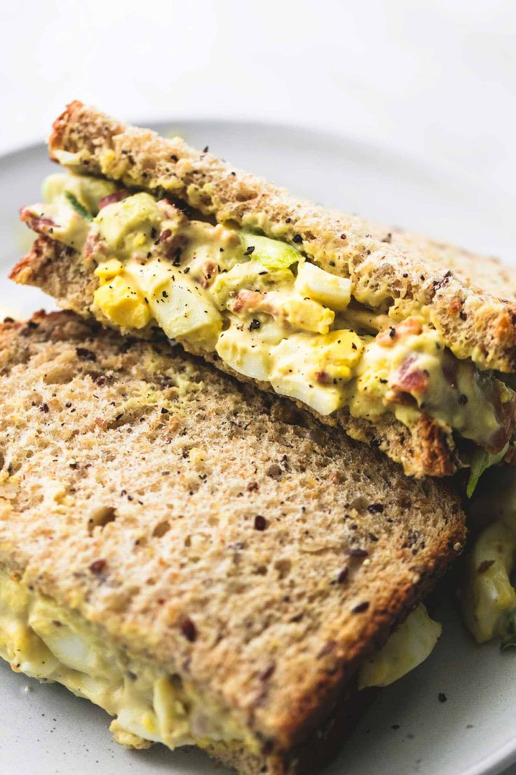 Bacon Avocado Egg Salad | lecremedelacrumb.com
