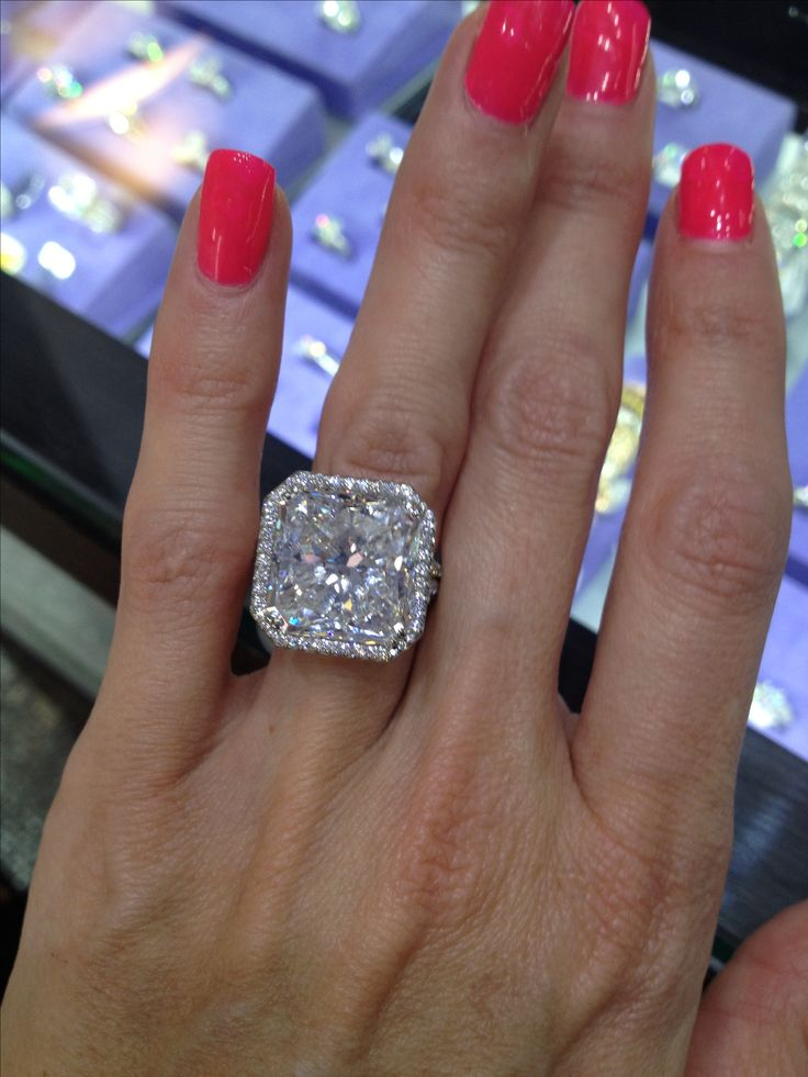 Heather Dubrow Gold Ring