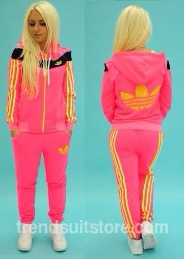 Article CDF0062 #zip #hood #tracksuit Order of this product only by wholesale catalog at our website. Stylish womens zip-up hooded pink tracksuit.
