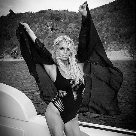 Jessica Simpson Shows Major Skin in Her New Swimsuit Snap