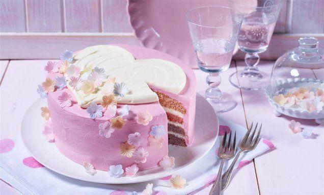 Kleine Ombre Torte Mit Herz Rezept Kuchen Ideen Creme Fur Torten Oetker