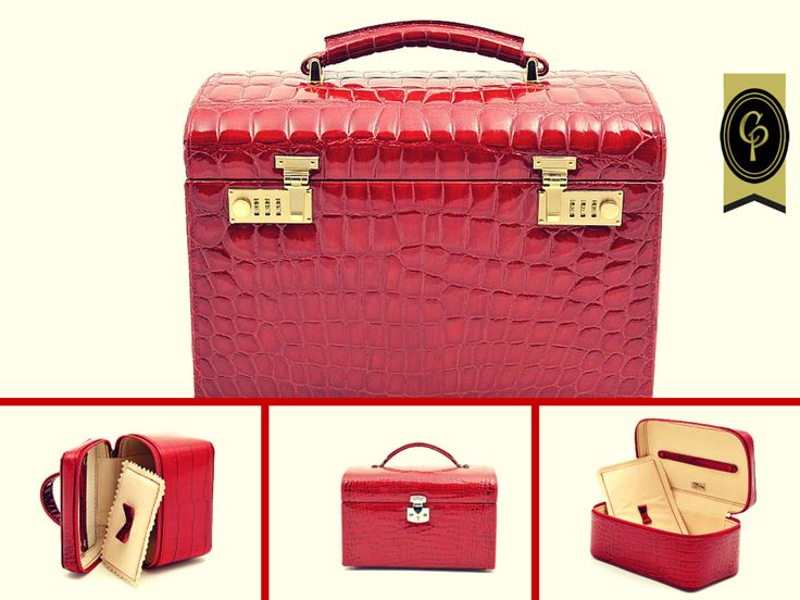#gift #leather #beautycase #red