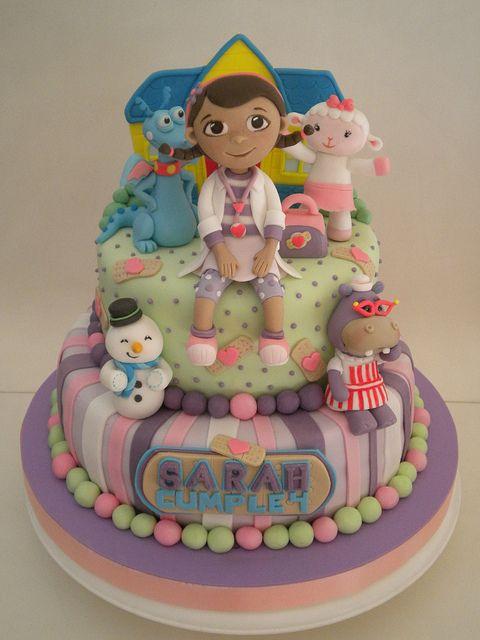 Torta Docotora Juguetes Doc McStuffins Cake  | Flickr: Intercambio de fotos